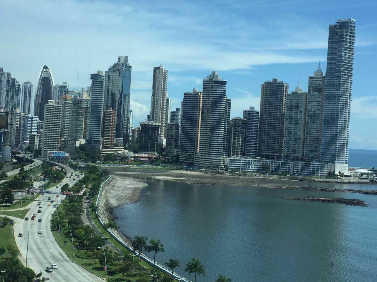 Life In Panama City is full of opportunities for expats to live a life in style.
