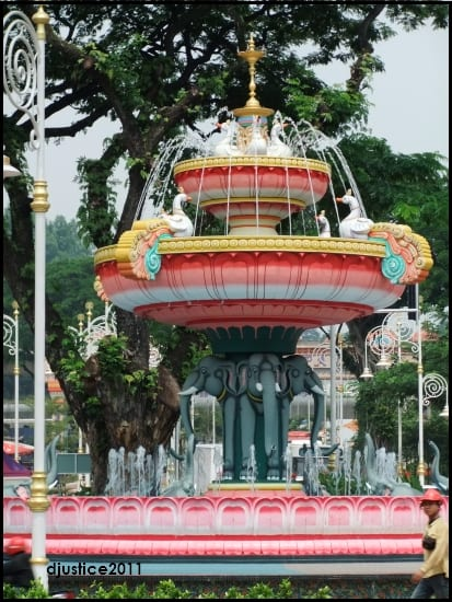 Brickfields_new_Little_India_fountain