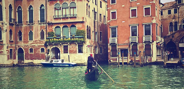 Travel In Venice, Italy, is as romantic as it gets.