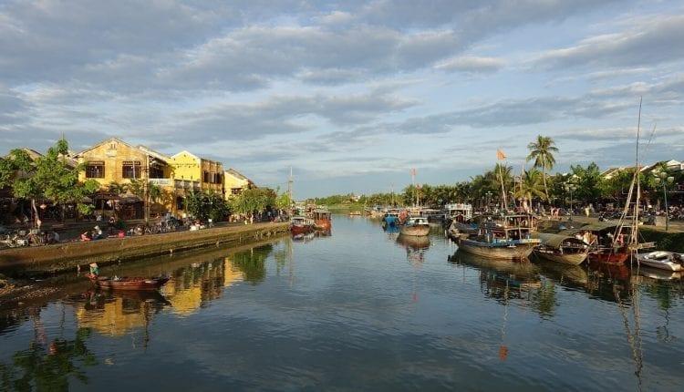 retire to hanoi, Vietnam