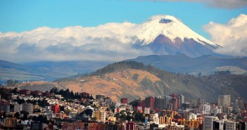 Ecuador, like in any part of the world, comes with a unique culture and everyday etiquette you should follow.