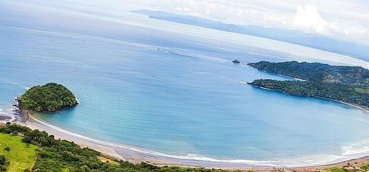 The cresant coast of Playa Venao, Panama
