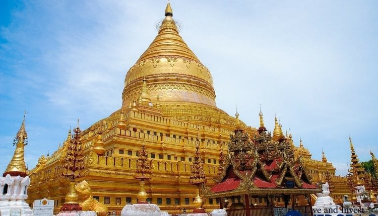 Traveling In Burma: Exploring Life, Politics, And History