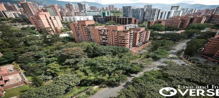 Medellin Neighborhoods El Poblado Envigado Laurels