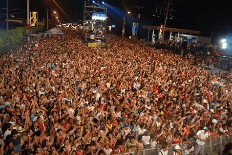 carnaval crowds
