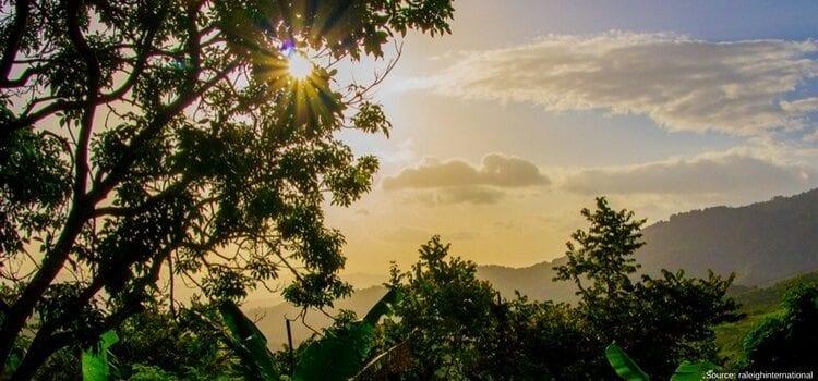 Sun high in the Nicaraguan sky.