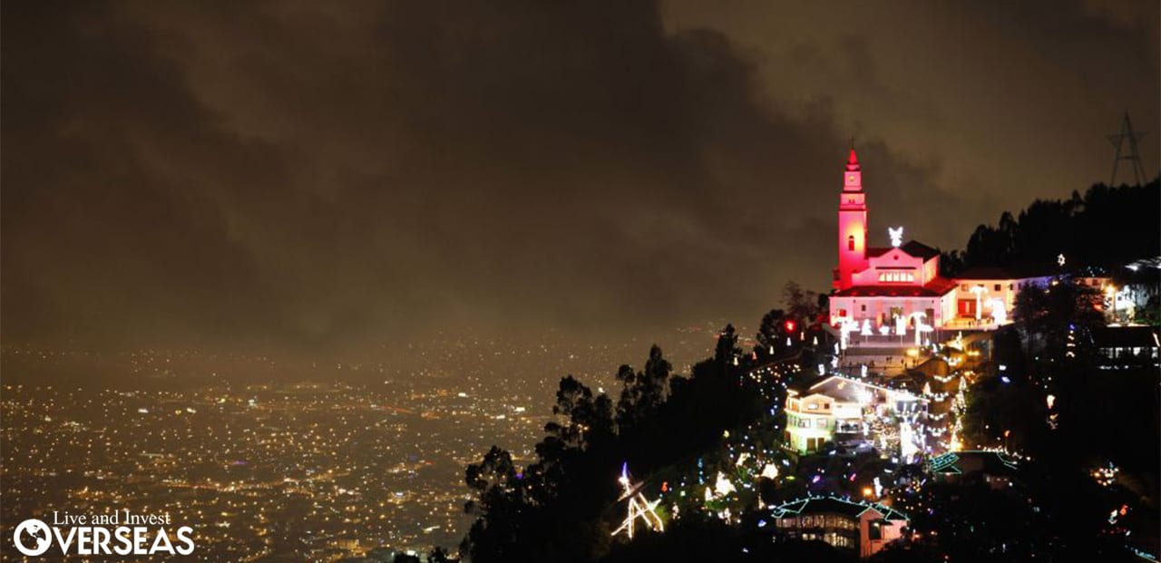 Christmas In Colombia.Christmas In Colombia Atop Bogota S Monserrate Mountain