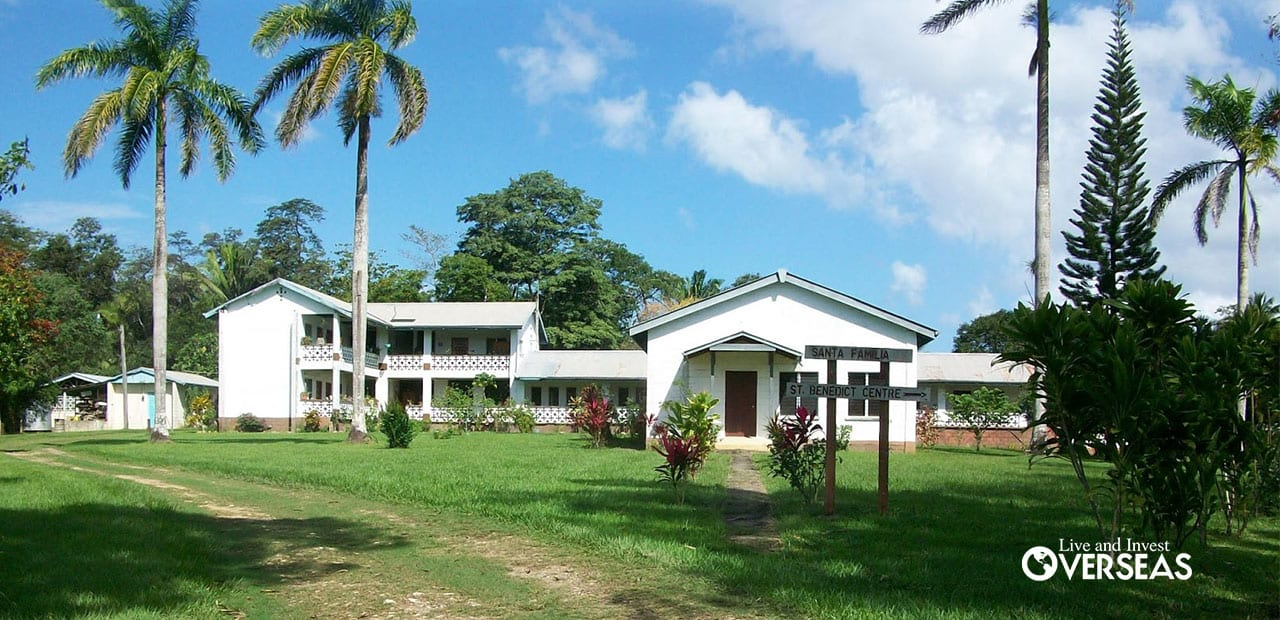 Santa Familia, Belize