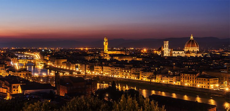 Night view of Florence, il duomo in the background