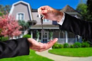 handing-house-keys-over