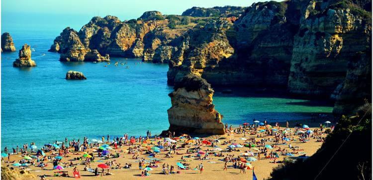 praia dona algave portugal