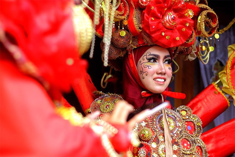 Indonesian women dressed in local attire