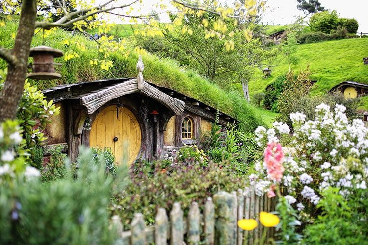 a house and garden from the movie The Hobbit