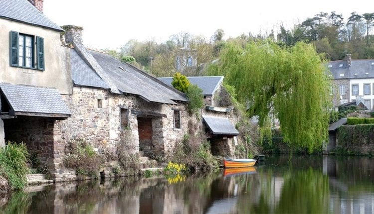 Beautiful stone home on the banks of a river in Brittany