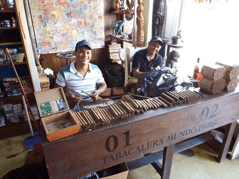 See how Dominican Republic cigars are made by hand