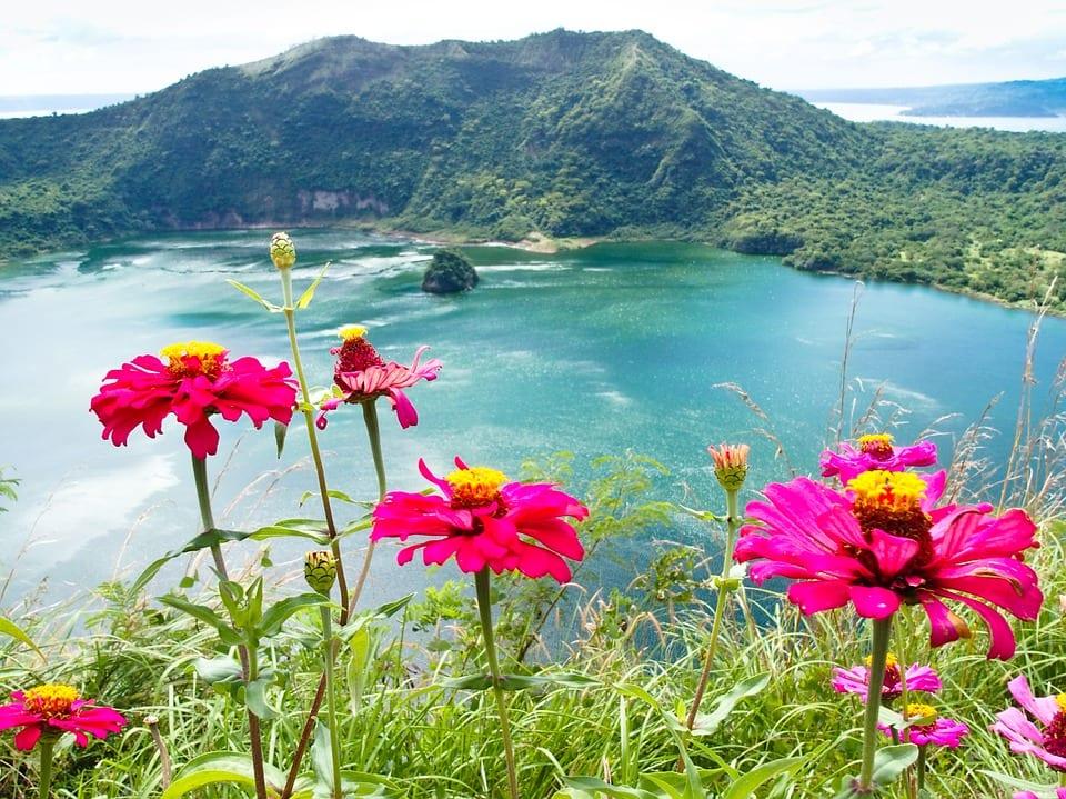philippines lake