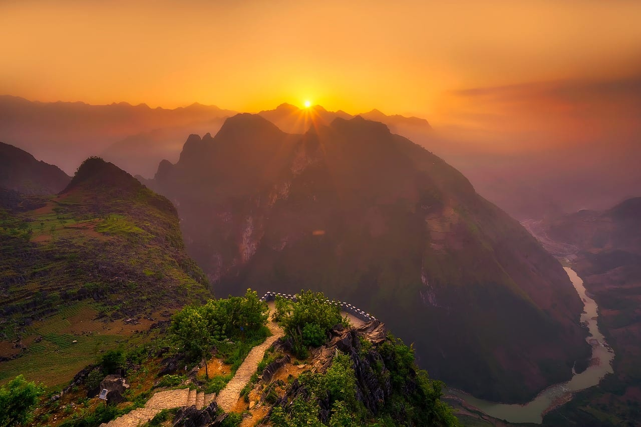 Vietnamese Mountain Sunset