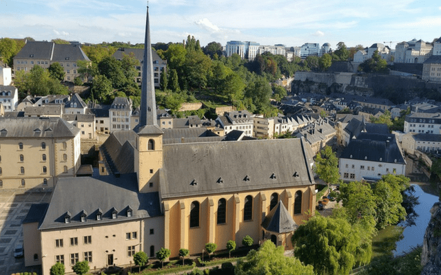 Luxembourg church amongst houses