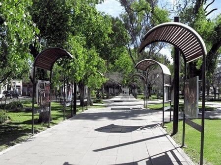 Paseo Las Alamedas Park
