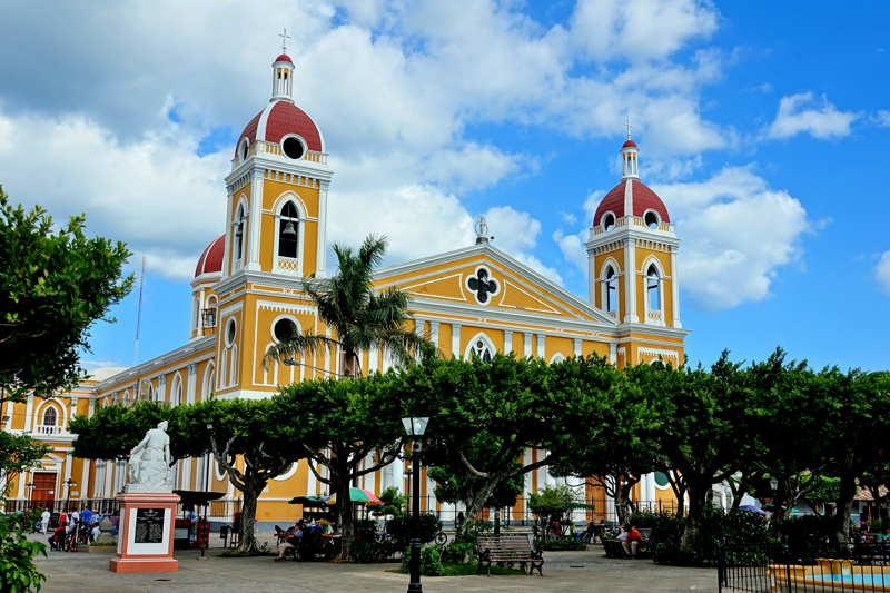 granada square in nicaragua