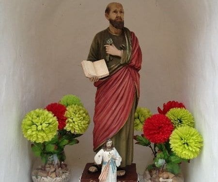 saint statues isla taboga