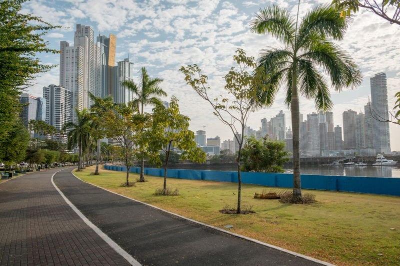 avenida balboa panama city