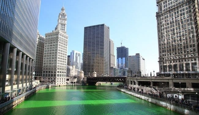 The Chicago river goes green to celebrate St Patrick's Day