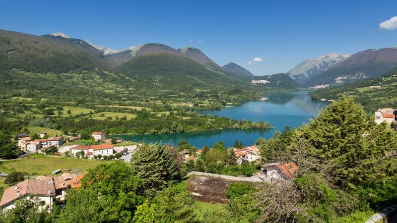 italian countryside abruzzo