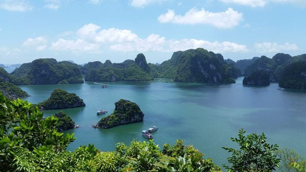Halong Bay in Vietnam. A great option to enjoy a tropical climate in Asia