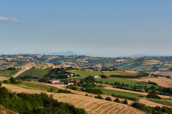 la marche italy rolling hills