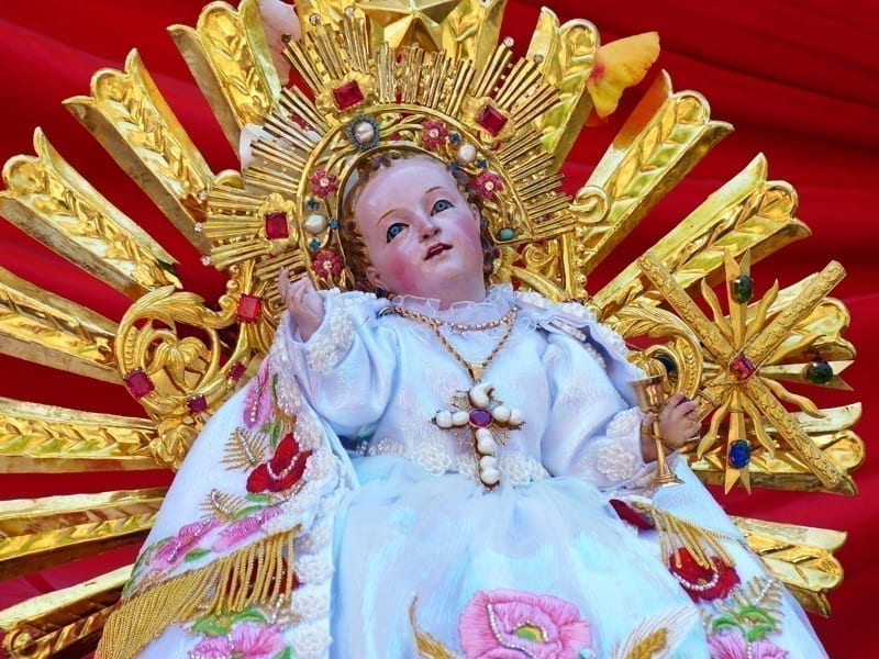Sculpture of the infant Jesus, called Niño Viajero.
