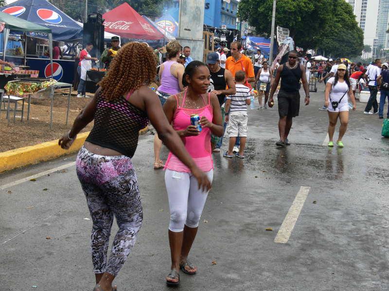 carnaval celebrations in panama city