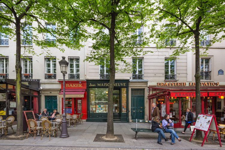 Street scene in the Latin Quarter of Paris