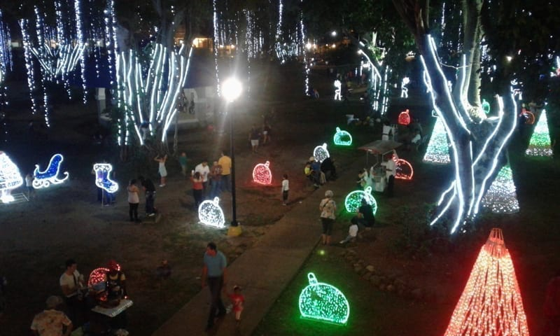Park in Panama with Christmas decorations