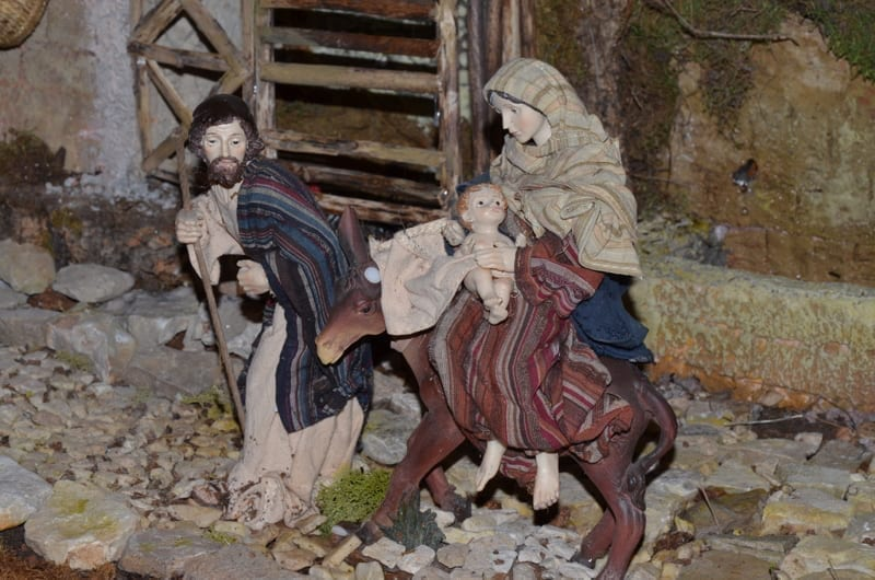 "italian crib called ""presepe napoletano"""