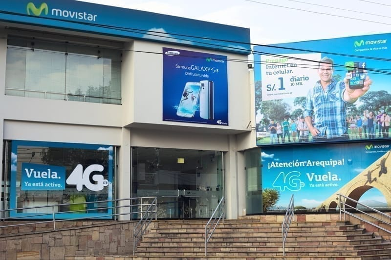 Movistar branch office and store
