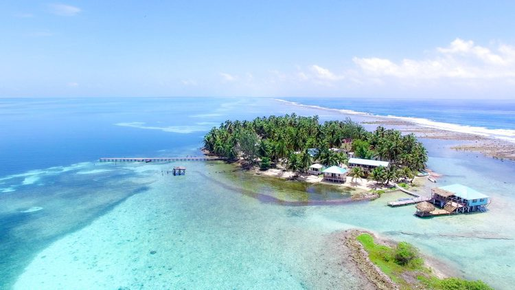Tobacco Cay in Belize