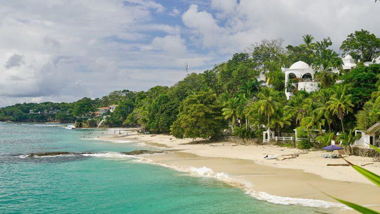 The sunny Contadora coast, archipelago Las Perlas, Panama