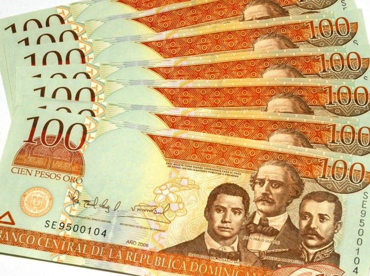 Dominican Republic Currency Bank Notes