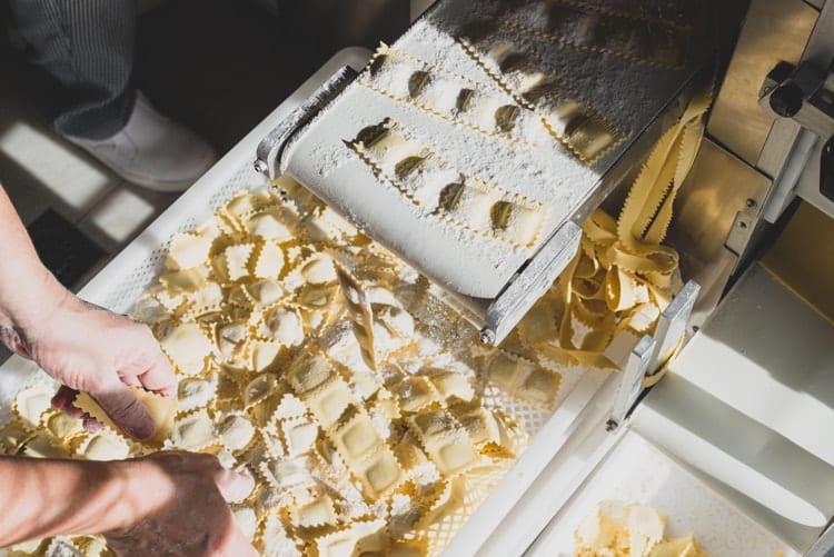 Production process of ravioli