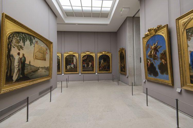 Art exhibition at Louvre Museum, Paris.